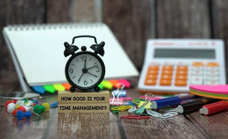 Keep your Employees on Track with Time Management App! 1