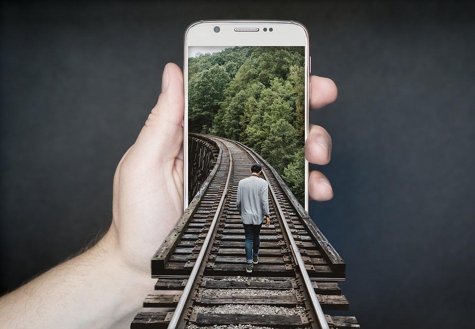 manipulation smartphone